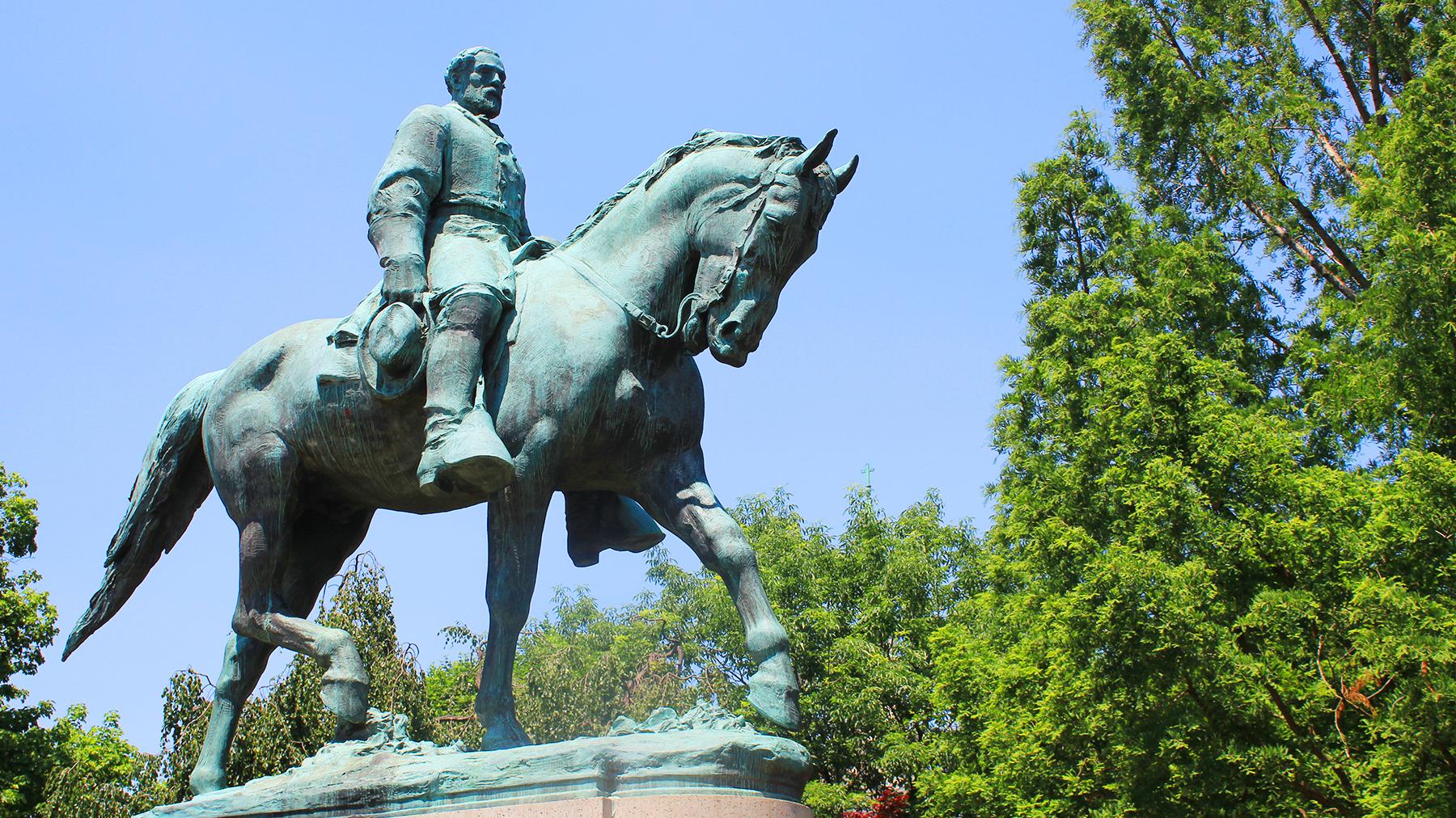 Brett Barrouquere/SPLC Staff Robert E. Lee statue