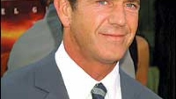 Mel Gibson and His Father's Extremist Views Are Questioned
