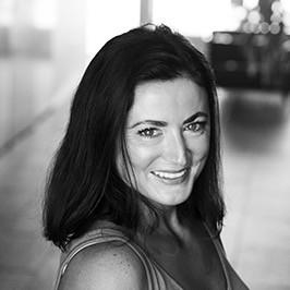Liz Vinson Bio Photo
